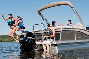 Pontoon Boat - Quorum 25 SE Elegance Edition (2014)